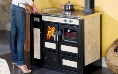 Termocucina con forno a legna da ardere la nordica - Termocucina a legna ...